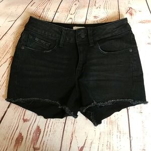M1858 Cary Mid Rise Jean Shorts